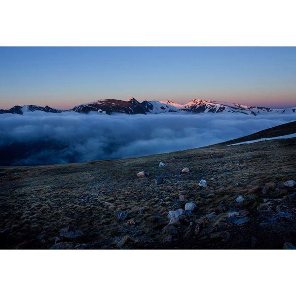 Continental Divide At Dawn 48x32