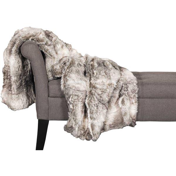 Picture of Grey Fox Fur 47x59 Blanket