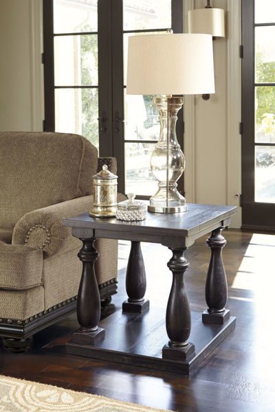 Picture of Mallacar Rectangular End Table *D
