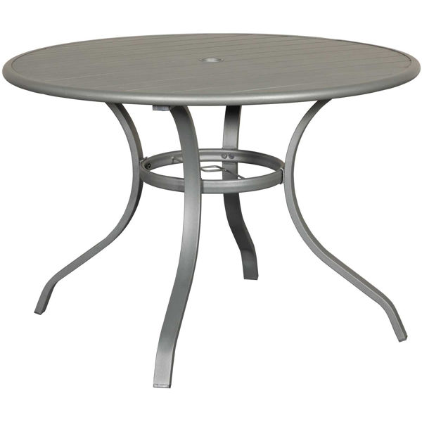 0092692_amsterdam-40-round-table.jpeg