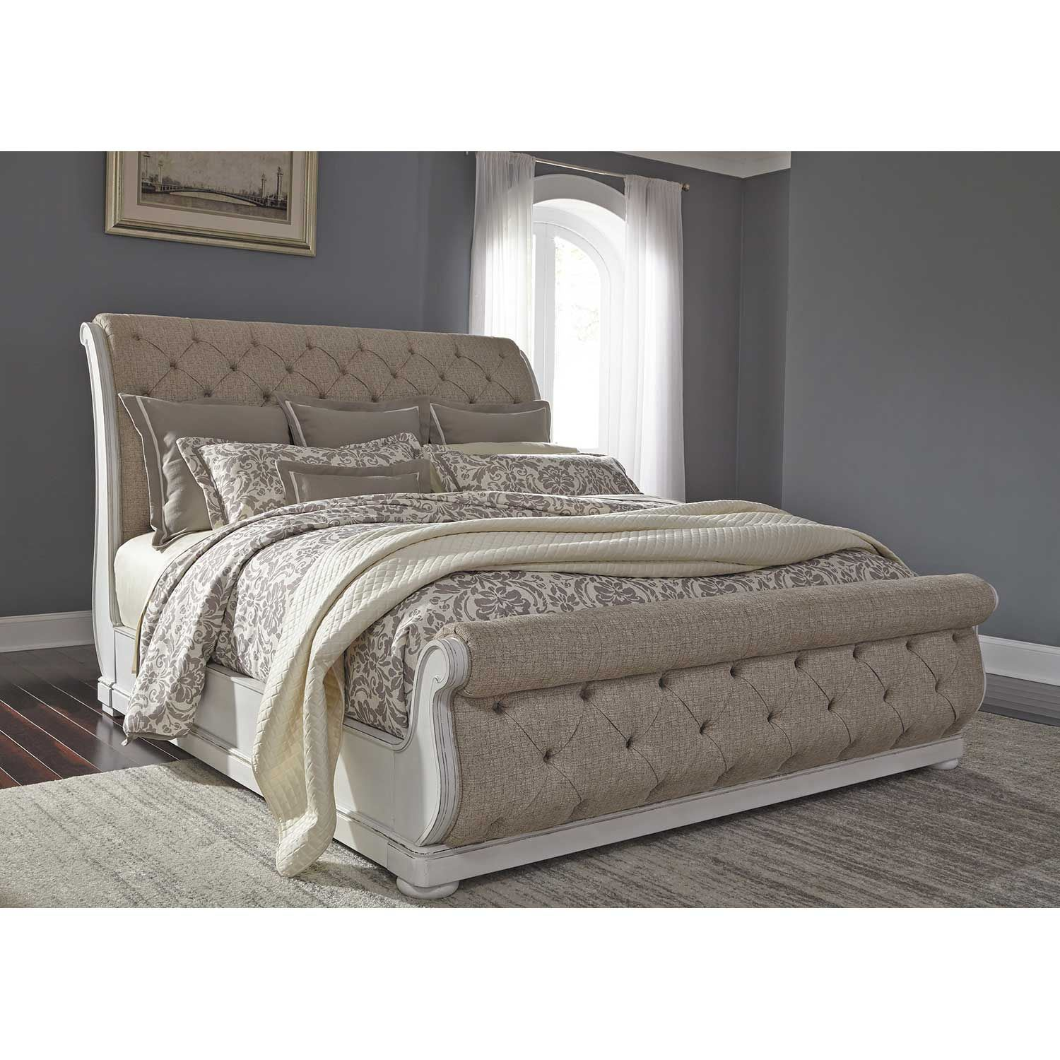 Picture of Magnolia Manor King Upholstered Sleigh Bed