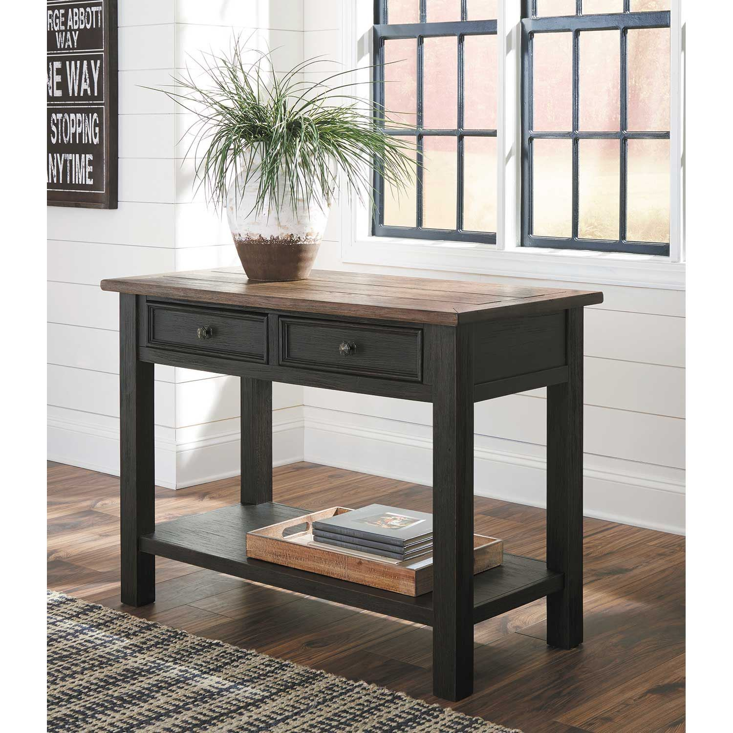 Picture of Tyler Creek Sofa Table