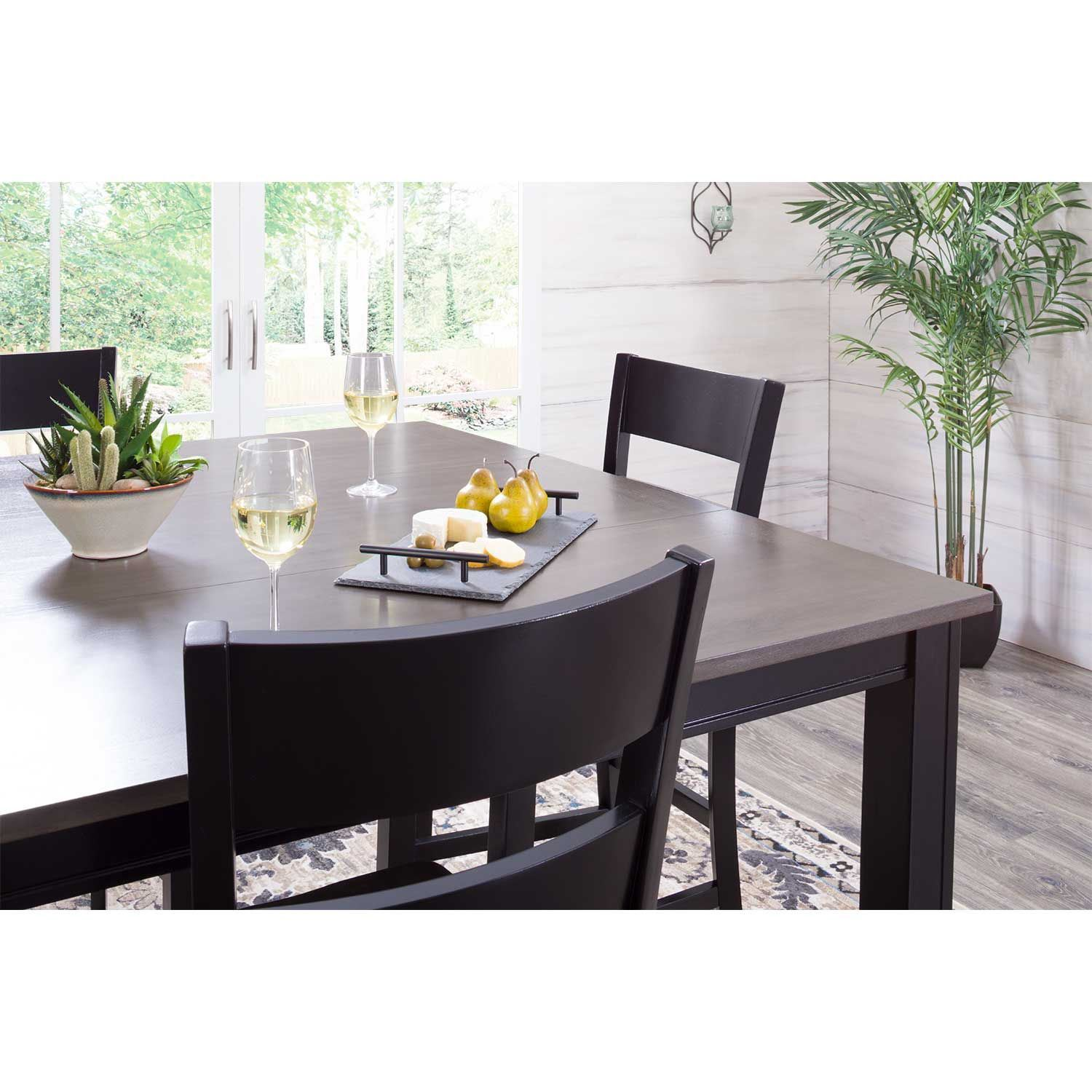 Picture of Earl Dining Table