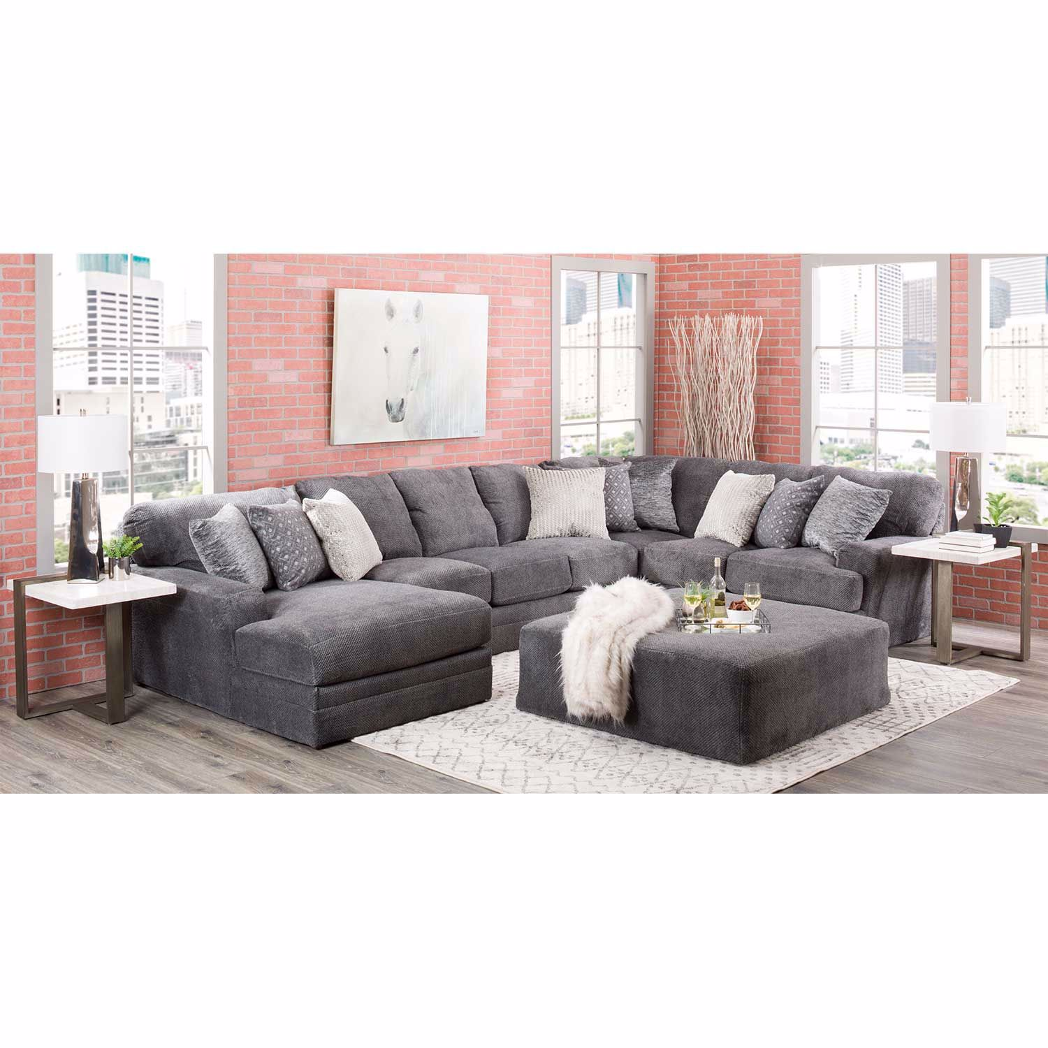 Picture of Mammoth 3 Piece Sectional with RAF Chaise