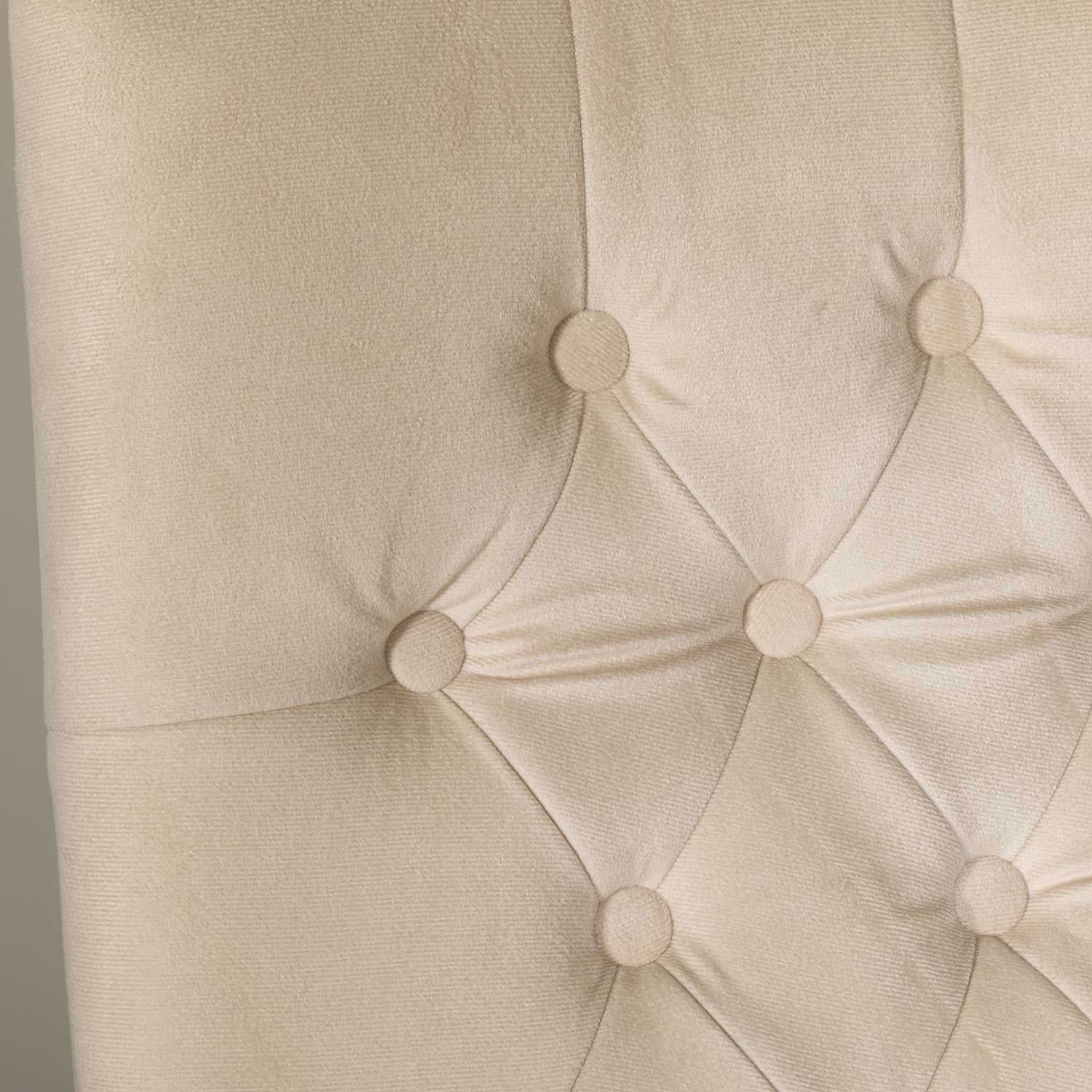 Picture of Cream Tufted Back Executive Chair
