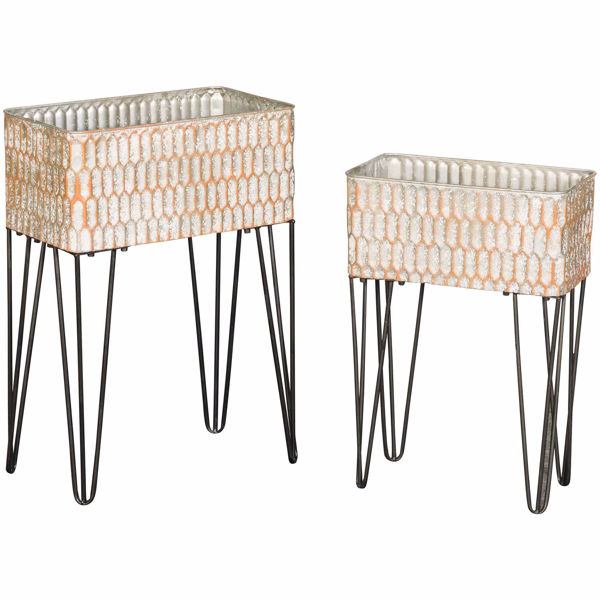 0109181_metal-accent-tables.jpeg