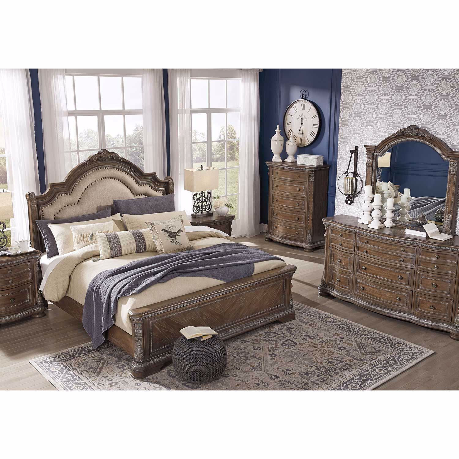 Picture of Charmond Upholstered Queen Bed