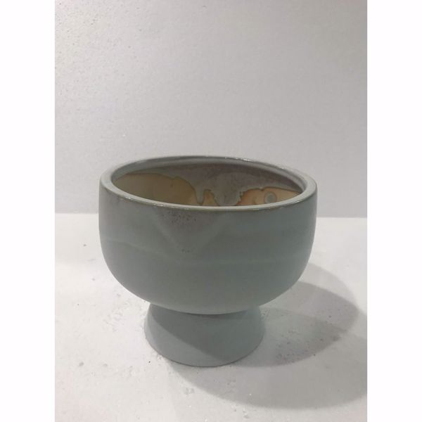 Picture of Grey Vase Pedastal Bottom