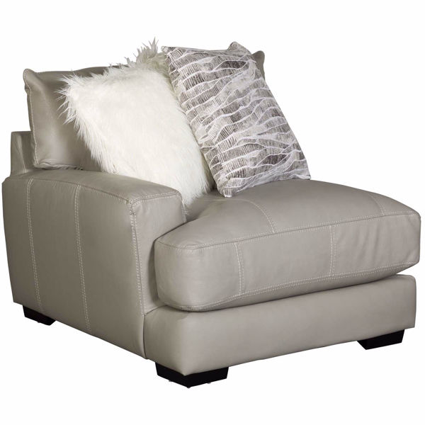 0116422_antonia-leather-laf-chair.jpeg