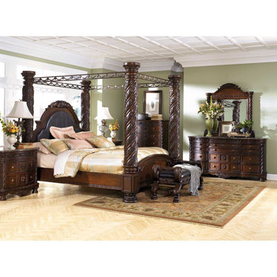 Picture of North Shore 5 Piece King Poster Bed Set