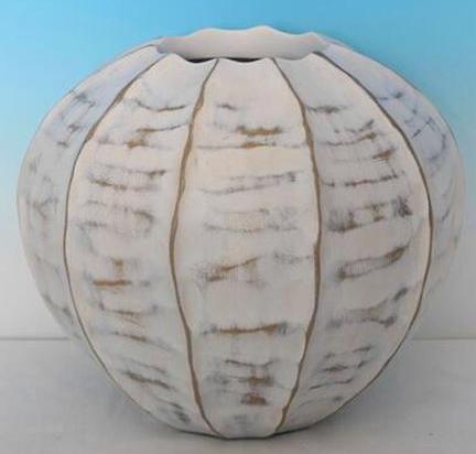 Round Rubbed Vase